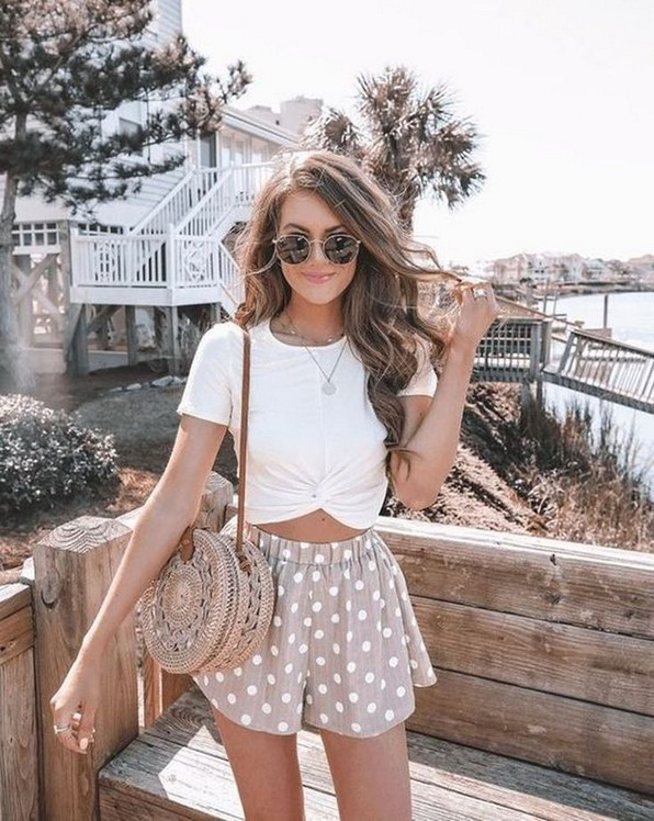 18 Modern Outfits Style For Women In Summer This Year 18