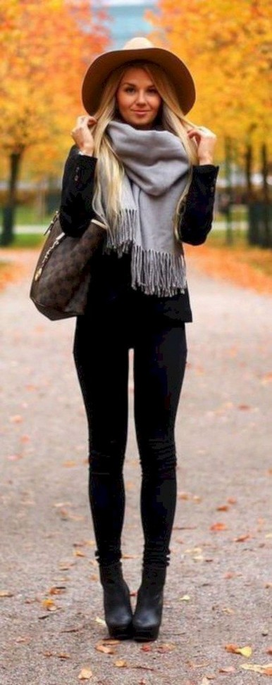 17 Stunning Fall Outfits Ideas To Copy Right Now 18
