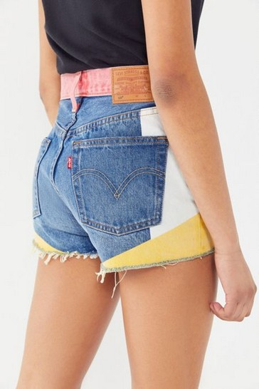 18 Cute Denim Short Ideas For Summer To Wear Right Now 25