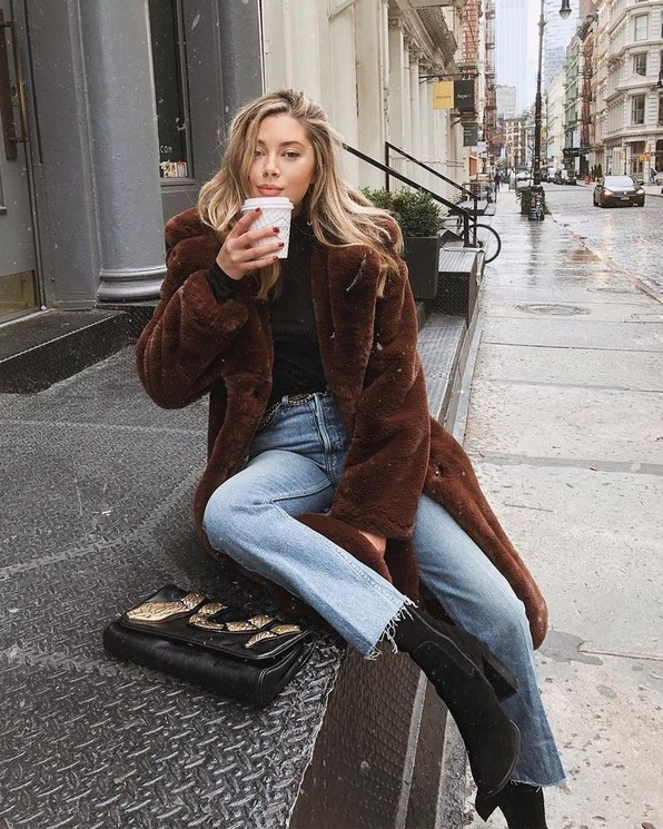 20 Trending Crop Jeans Winter Outfits Ideas 23