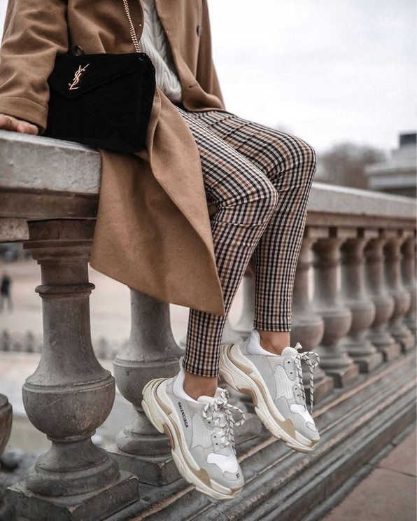 20 Chunky Sneakers For Women 19