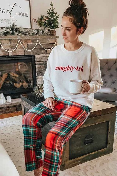 21 Comfy Winter Pajamas To Look Cute And Feel Warm 10